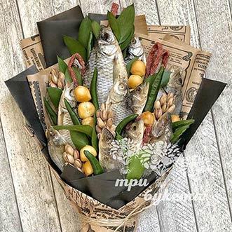Букет из рыбы и сырных шариков